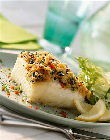 Sea bass fillet with a herb and garlic crust Stock Photo - Premium Royalty-Free, Code: 659-06155231