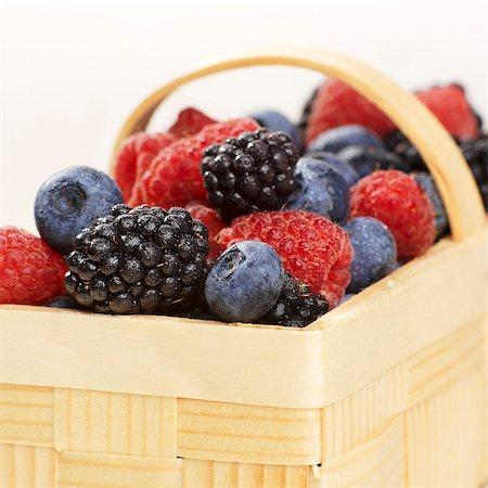 A basket of various berries Stock Photo - Premium Royalty-Free, Code: 659-06155548
