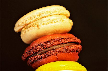 french - A stack of three macaroons Stock Photo - Premium Royalty-Free, Code: 659-06155678