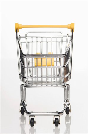 empty shopping cart - A supermarket shopping trolley Stock Photo - Premium Royalty-Free, Code: 659-06151392