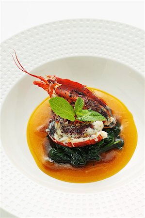 Lobster curry with spinach in mango soup (Asia) Stock Photo - Premium Royalty-Free, Code: 659-06152581
