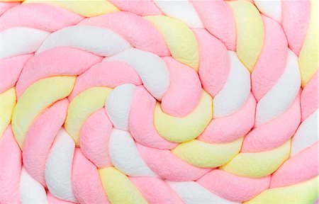 Rolled marshmallow braid Stock Photo - Premium Royalty-Free, Code: 659-06153748