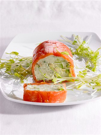 sprout - Avocado and salmon roulade with bean sprouts Stock Photo - Premium Royalty-Free, Code: 659-06184959