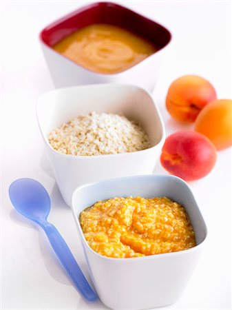 Apricots purée and millet (baby food) Stock Photo - Premium Royalty-Free, Code: 659-06186101