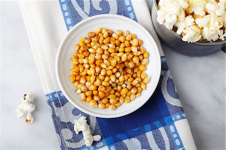 Corn kernels and popcorn Stock Photo - Premium Royalty-Free, Code: 659-06186496