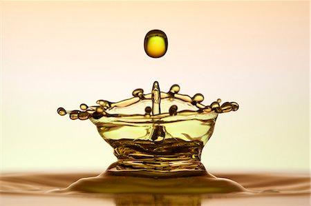 droplet - Water splash Stock Photo - Premium Royalty-Free, Code: 659-06187476
