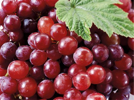 Red grapes (detail) Stock Photo - Premium Royalty-Free, Code: 659-06187813