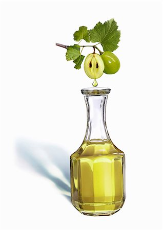 dripping silhouette - Grape seed oil Stock Photo - Premium Royalty-Free, Code: 659-06188101