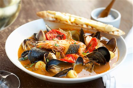 french (places and things) - Bouillabaisse Stock Photo - Premium Royalty-Free, Code: 659-06188163