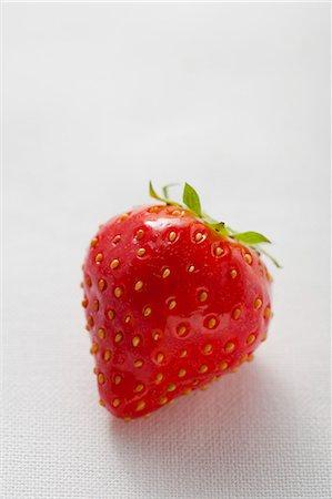 strawberries - A strawberry Stock Photo - Premium Royalty-Free, Code: 659-06188279