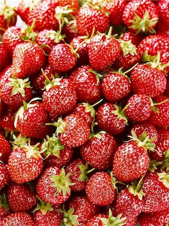 strawberries - Strawberries (full frame) Stock Photo - Premium Royalty-Free, Code: 659-06188597