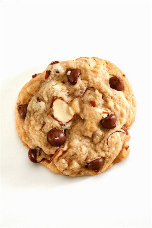 sweet   no people - Chocolate Chip Almond Cookie Stock Photo - Premium Royalty-Free, Code: 659-06183786