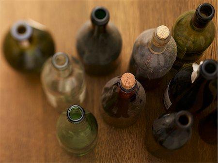 Dusty wine bottles Stock Photo - Premium Royalty-Free, Code: 659-06307678