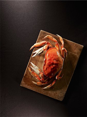 food - A steamed crab Stock Photo - Premium Royalty-Free, Code: 659-06372354