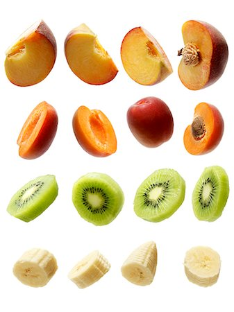 Peaches, apricots, kiwis and bananas Stock Photo - Premium Royalty-Free, Code: 659-06372996
