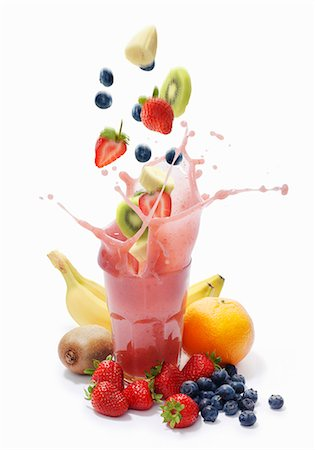 fresh - A splash of banana, strawberry, blueberry, kiwi and grapefruit smoothie Stock Photo - Premium Royalty-Free, Code: 659-06373005