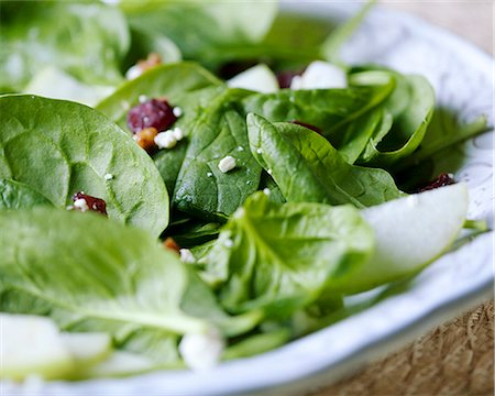 salad - Spinach salad Stock Photo - Premium Royalty-Free, Code: 659-06373265