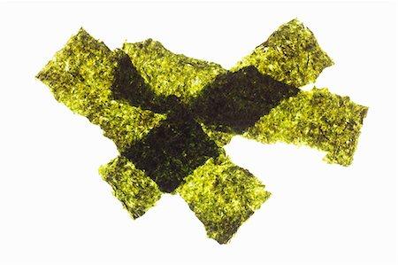 Strips of seaweed Stock Photo - Premium Royalty-Free, Code: 659-06373617