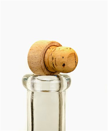 A cork on top of a bottle Stock Photo - Premium Royalty-Free, Code: 659-06494088