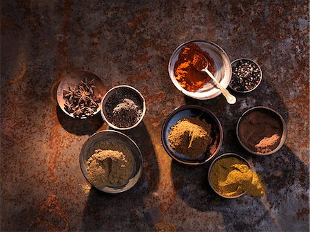 Bowls of various spices Stock Photo - Premium Royalty-Free, Code: 659-06494954
