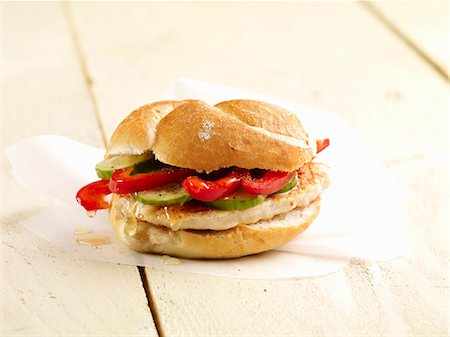 A chicken, pepper and cucumber roll Stock Photo - Premium Royalty-Free, Code: 659-06495055