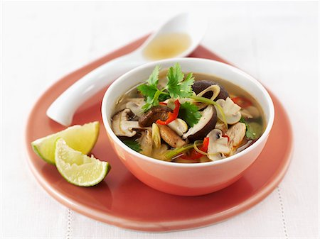 recipe - Mushrooms soup with coriander (Thailand) Stock Photo - Premium Royalty-Free, Code: 659-06495227