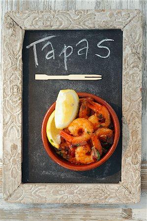 slate - Gambas al ajillo (garlic prawns, Spain) Stock Photo - Premium Royalty-Free, Code: 659-06495515