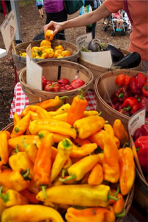 food stalls - Selection of Peppers at a Farmer's Market Stock Photo - Premium Royalty-Free, Code: 659-06493682