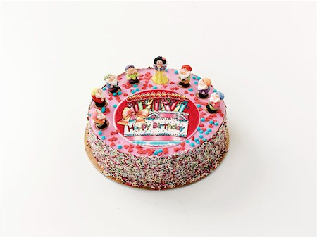 dwarf - A birthday cake decorated with fairytale figures Stock Photo - Premium Royalty-Free, Code: 659-06493830