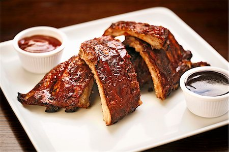 rib - Ribs, Close Up, with Barbecue Sauce Stock Photo - Premium Royalty-Free, Code: 659-06493865