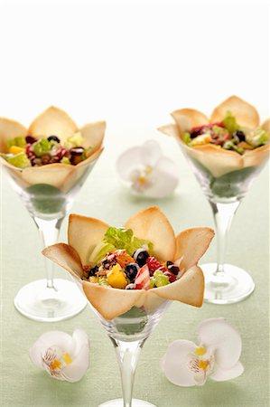 dessert - Fruit salad in wafer petals Stock Photo - Premium Royalty-Free, Code: 659-06493917