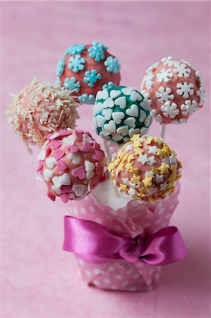 sweets - Colourful cake pops Stock Photo - Premium Royalty-Free, Code: 659-06901883