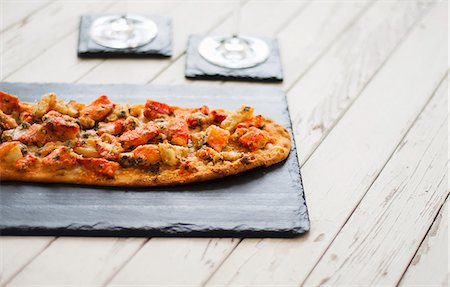 Lobster Topped Flatbread Stock Photo - Premium Royalty-Free, Code: 659-06903053