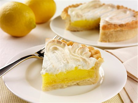 recipe - Lemon meringue pie Stock Photo - Premium Royalty-Free, Code: 659-06903307