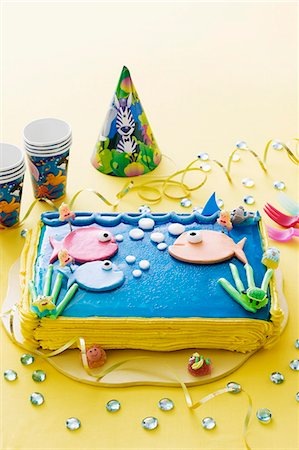 A sea-themed birthday cake for a child Stock Photo - Premium Royalty-Free, Code: 659-06903695