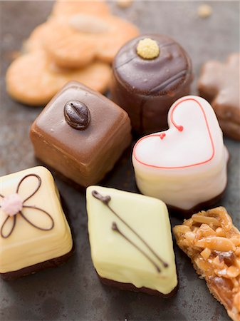 sweets - Assorted biscuits and petits fours Stock Photo - Premium Royalty-Free, Code: 659-07027252
