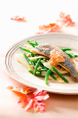Sea bass with green beans and tomato sauce Stock Photo - Premium Royalty-Free, Code: 659-07027434