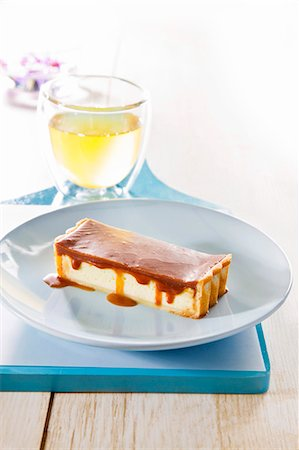 recipe - Cheesecake with caramel sauce Stock Photo - Premium Royalty-Free, Code: 659-07027441