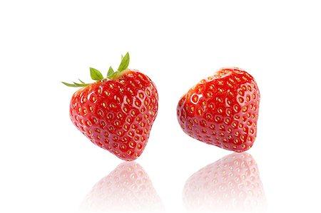 strawberries - Two strawberries Stock Photo - Premium Royalty-Free, Code: 659-07028075