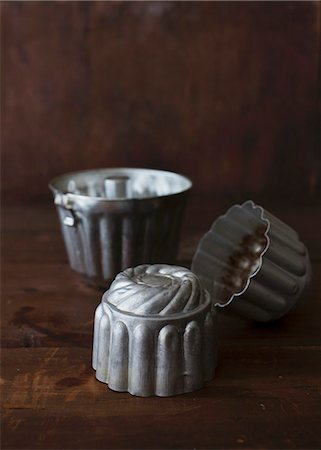 Baking tins Stock Photo - Premium Royalty-Free, Code: 659-07028357