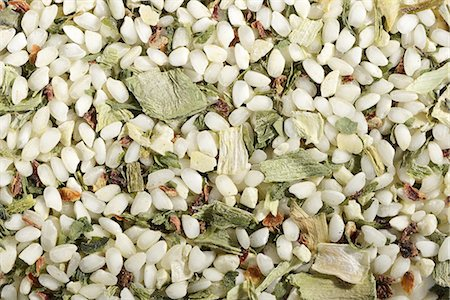 A ready-made risotto mix with wild garlic and dried vegetables Stock Photo - Premium Royalty-Free, Code: 659-07028496