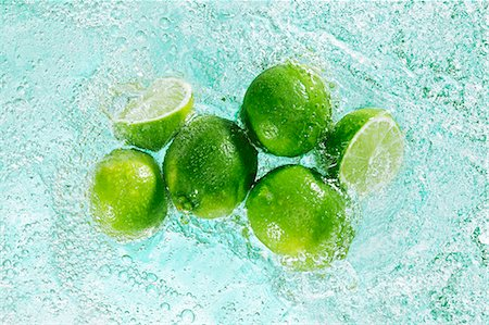 effect - Limes in sparkling water Stock Photo - Premium Royalty-Free, Code: 659-07069652