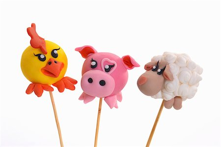 Cake pops decorated to look like animals Stock Photo - Premium Royalty-Free, Code: 659-07069662