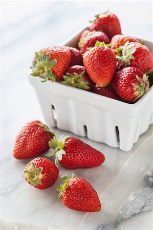 fresh - Fresh strawberries in a porcelain basket Stock Photo - Premium Royalty-Free, Code: 659-07069859