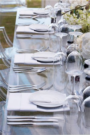 set - A table laid for a celebration (section) Stock Photo - Premium Royalty-Free, Code: 659-07597461
