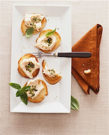 snack - Crostini with salmon mousse Stock Photo - Premium Royalty-Free, Code: 659-07597613