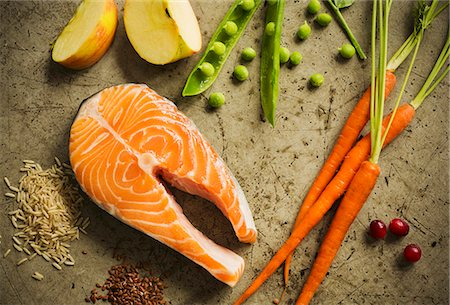 fresh - Raw Salmon Steak with Assorted Ingredients Stock Photo - Premium Royalty-Free, Code: 659-07597690