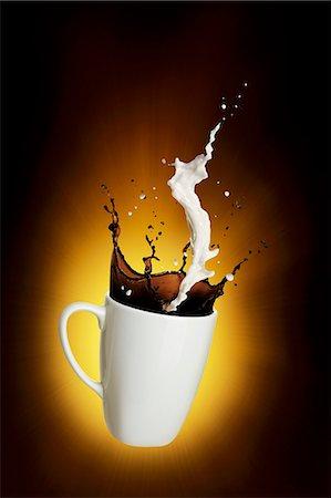 effect - Milky coffee Stock Photo - Premium Royalty-Free, Code: 659-07599310