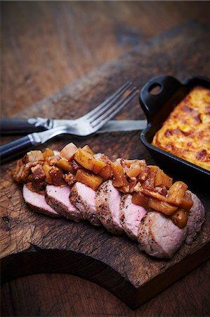 smoked - Tea Smoked pork tenderloin with apple chutney, and cornbread Stock Photo - Premium Royalty-Free, Code: 659-07609594
