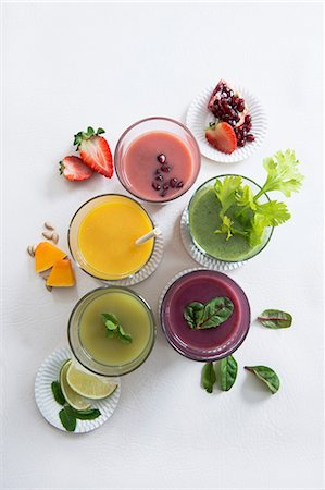 Various sweet and spicy smoothies (seen from above) Stock Photo - Premium Royalty-Free, Code: 659-07610073